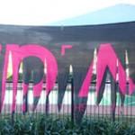 black-pink-banner